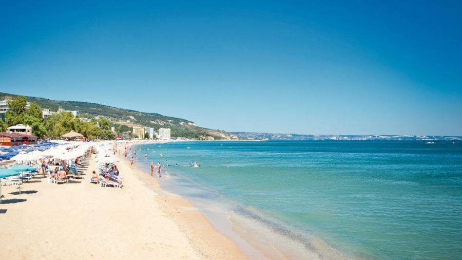 sunny-beach-resort-hero1.jpg