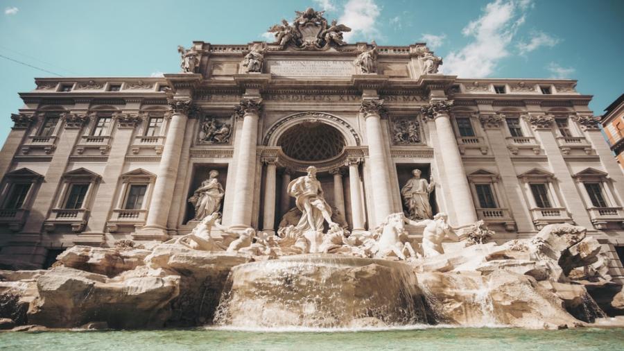 Centrum Podróży Koliber obóz Włochy, Włoskie Wakacje, Północ Południe. Rzym fontanna
